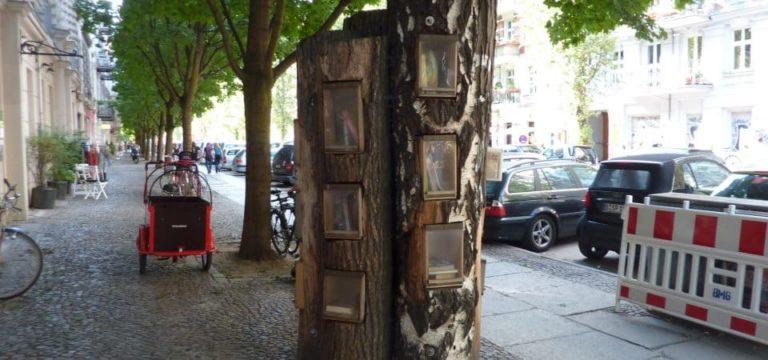 L'arbre aux livres voyageurs