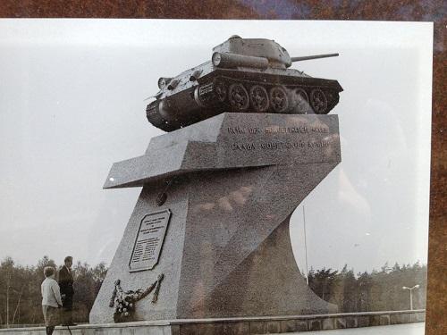 ancien mémorial du tank