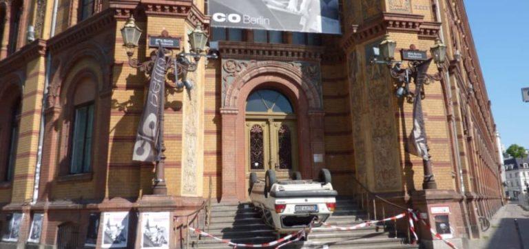 Accident à la galerie C/O Berlin