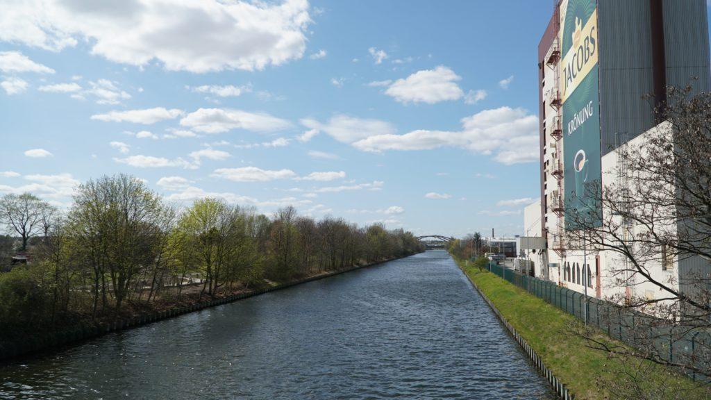Circuit à vélo au bord du Teltow Kanal