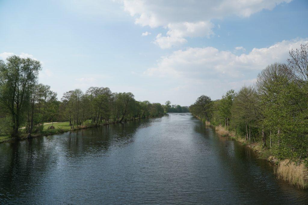 Circuit à vélo au bord du canal de Spandau